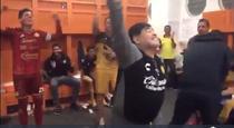 Diego Maradona, spectacol la vestiare