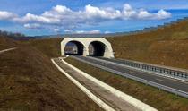 Ecoductul de la Branisca de pe autostrada Lugoj - Deva