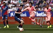 Barcelona, remiza cu Huesca