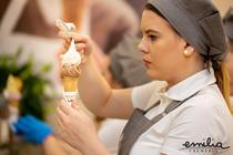 afaceri cu îngheţată: Emilia Cremeria