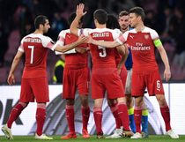 Arsenal o elimina pe Napoli in sferturile Europa League