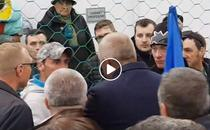 Barbat scos din multime la mitingul PSD