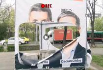 Afis USR - PLUS vandalizat