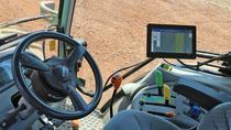 Tractor cu ghidare automată