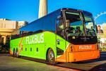 Autobuz in verdele caracteristic al Flixbus