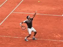 Roger Federer pe noul Chatrier