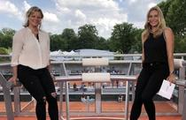 Kim Clijsters (stanga), in studioul Eurosport de la Roland Garros