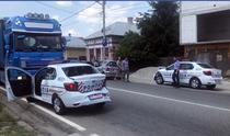 Masini de politie care s-au izbit