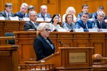 Viorica Dancila, in Parlament