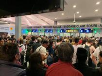 cozi aeroport