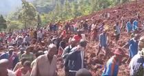 Alunecari de teren in Uganda