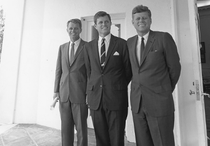 Ted, Robert și John Kennedy în 1963