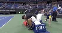 Federer si sticlele