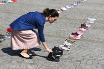 Protest la MAI pentru copiii disparuti