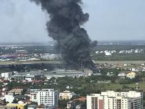 Poza de incendiu in zona baneasa