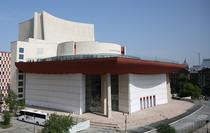 Teatrul Național din București: foto Florin Ghioca