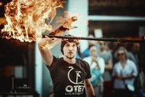 Oțet Light and Fire la Art in the Street