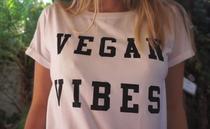 """Tricou """"vegan"""""""
