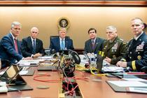 Trump în Camera de criza