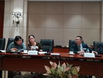 Catherine Chen, senior vicepresedinte al Huawei, si George Zhang, seful Huawei Romania