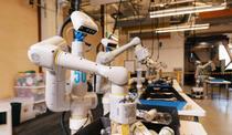 robot care selecteaza gunoiul