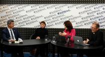 Dan Barna si Marius Manole in studioul HotNews.ro