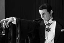 De la Contele Vampir la Dracula