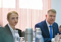 Lia Savonea si Klaus Iohannis la sedinta CSM