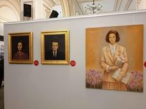 Tablouri cu sotii Ceausescu, intr-o expozitie deschisa la Muzeul National de Istorie