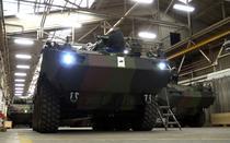 Transportoarele blindate Piranha 5 in fabrica din Elvetia