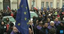 Magistratii au iesit in strada in Polonia