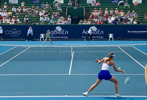 Maria Sharapova vs Laura Siegemund
