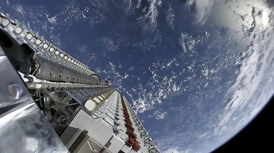 image-2020-02-10-23655327-70-sateliti-st
