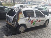 taxi incendiat