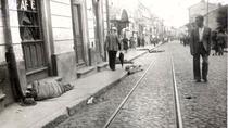 Iesirea trenurilor din gara, r. Radu Jude și Adrian Cioflâncă