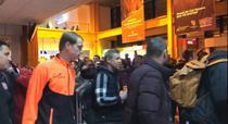Jucatorii echipei CFR Cluj, intampinati de suporteri la aeroport