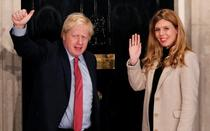 Boris Johnson si Carrie Symonds (twitter)