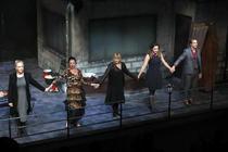 Premiera: Matilda şi groparii