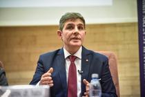 Sorin-Radu-dezbatere-alegeri-ULBS-53
