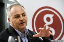 Felix Patrascanu Fan Courier răspunde la întrebări online