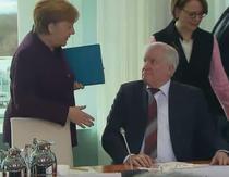 Seehofer refuza sa dea mana cu Merkel