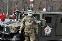 Militari pe strada in Capitala