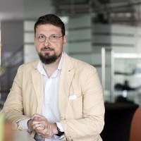 Andrei Găitănaru: Lumina Învierii de la chibrit