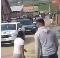 Jandarmi atacati