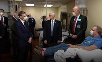 Mike Pence la Clinica Mayo