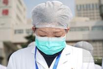 Medic intr-un moment de reculegere