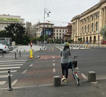 Biciclist pe Calea Victoriei