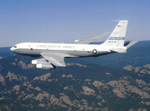 Un avion Boeing OC-135B Open Skies al US Air Force