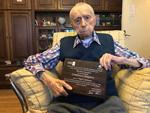 Un român a devenit cel mai bătrân bărbat din lume. Cine este Dumitru Comănescu, bucureșteanul de 111 ani