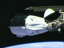 Capsula SpaceX, cuplata la ISS